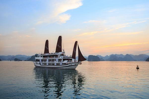 Halong Bay Aclass Stellar Cruise